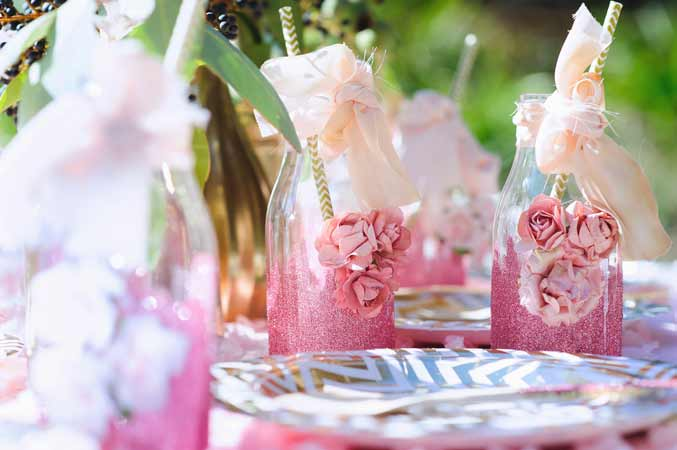 6 Unique Bridal Shower Themes