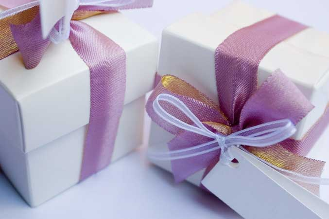 Etiquette For Wedding Gift Opening : The New York Institute of Art and Design offers an online event ...