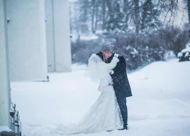 The Dos and Don'ts of Winter Weddings