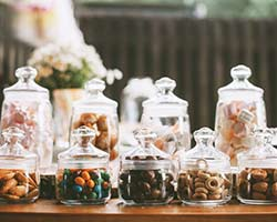 7 Wedding Favors Your Guests Will Actually Use