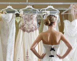 5 Things Wedding Planners Need to Know About Bridal Gowns