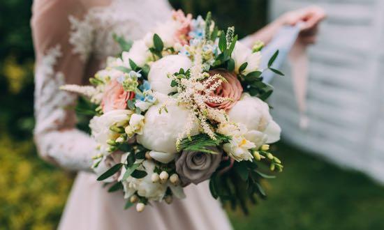Studying Floral Design Online